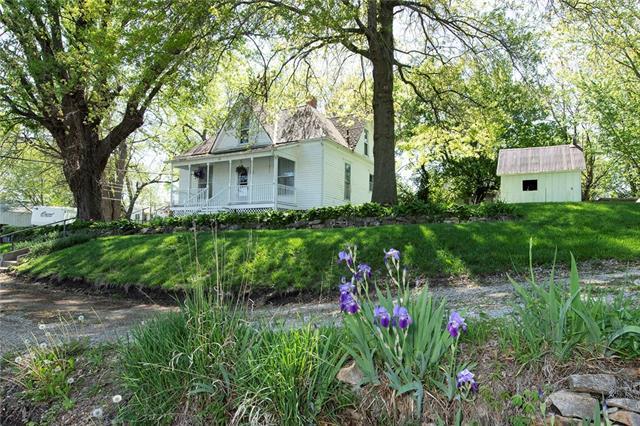 133 Walnut Street Property Photo - Napoleon, MO real estate listing