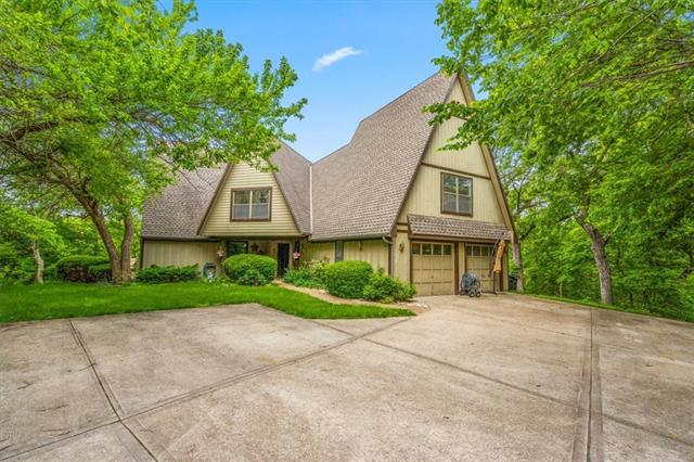 17602 S Rolling Hills Road Property Photo