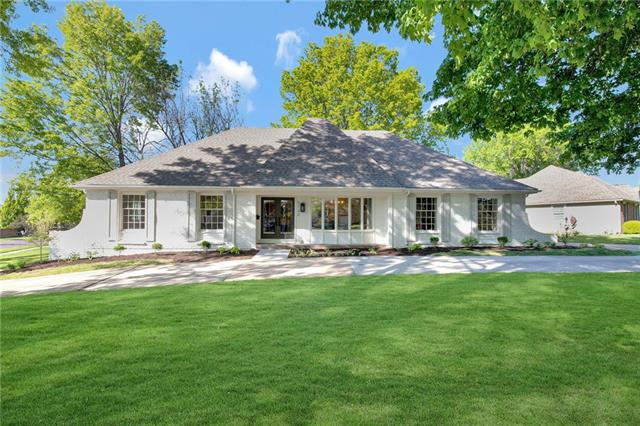 5122 W 96th Terrace Property Photo - Overland Park, KS real estate listing