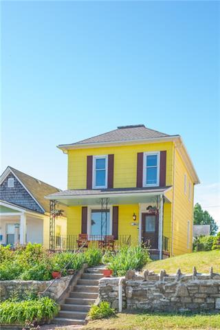 613 Sandusky Avenue Property Photo - Kansas City, KS real estate listing