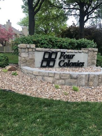 12111 W 82th Terrace Property Photo - Lenexa, KS real estate listing