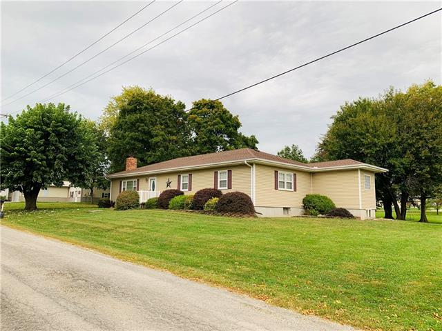 709 W Ogden Street Property Photo - Gallatin, MO real estate listing