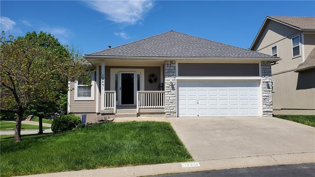 12451 Charlotte Street Property Photo - Kansas City, MO real estate listing