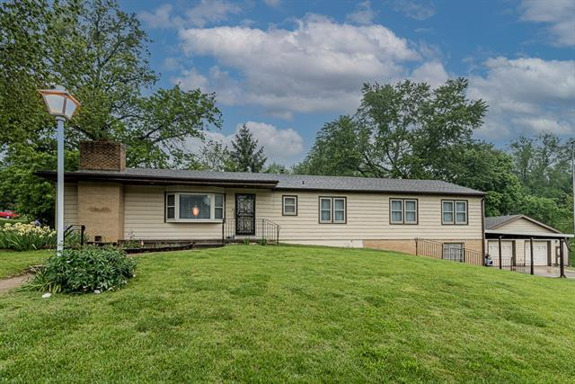 7650 Webster Avenue Property Photo 1