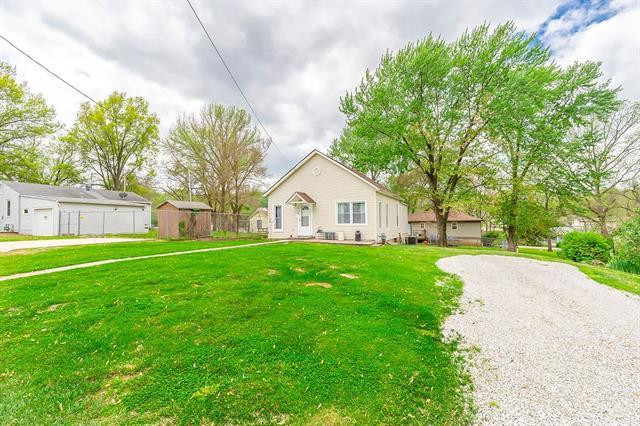 1616 S 11th Street Property Photo - Leavenworth, KS real estate listing