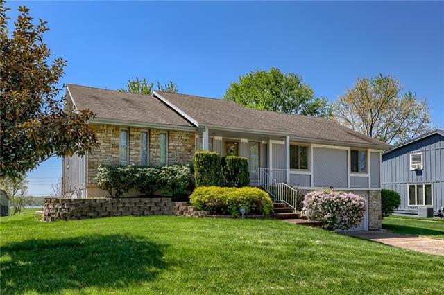 10831 E 98th Terrace Property Photo - Kansas City, MO real estate listing