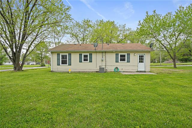 210 1st Street Property Photo - Holt, MO real estate listing