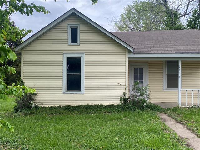 2414 Washington Street Property Photo - Lexington, MO real estate listing