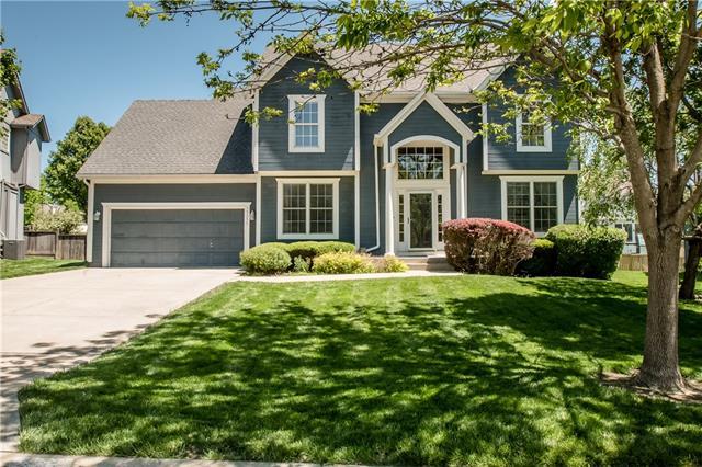 15351 S Navaho Drive Property Photo - Olathe, KS real estate listing