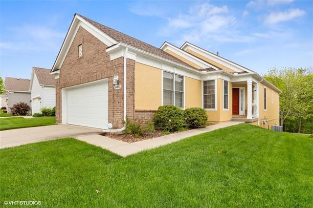 14476 W 126 Street Property Photo - Olathe, KS real estate listing