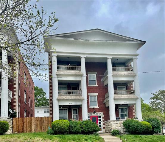 3833 Central Street Property Photo - Kansas City, MO real estate listing