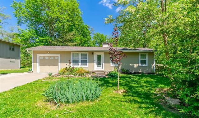 6911 NW Coronado Street Property Photo - Kansas City, MO real estate listing