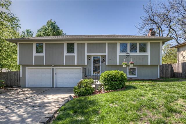 1701 Michael Street Property Photo - Leavenworth, KS real estate listing