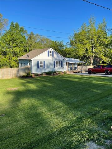 313 N Cogan Lane Property Photo - Independence, MO real estate listing