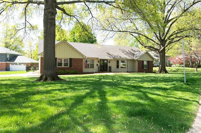 8815 W 106th Street Property Photo - Overland Park, KS real estate listing