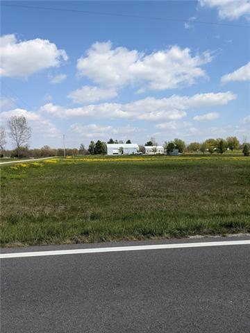 SE 23 Highway Property Photo - Knob Noster, MO real estate listing
