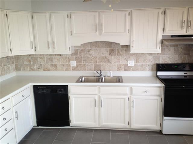 11506 Oak Street Property Photo