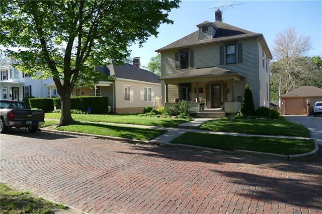 1609 Bloom Street Property Photo - Lexington, MO real estate listing