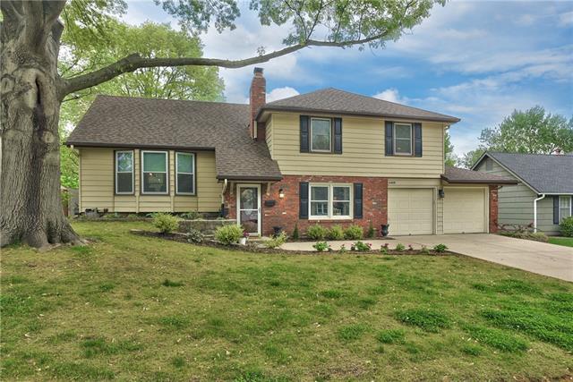 6408 W 101st Street Property Photo - Overland Park, KS real estate listing