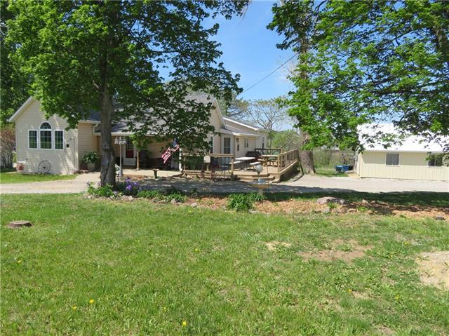 206 E Jefferson Street Property Photo - Oskaloosa, KS real estate listing
