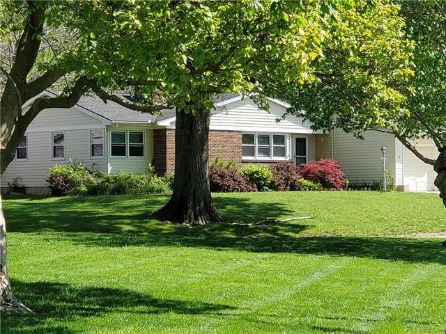 612 Glenn Park Lane Property Photo - Kansas City, KS real estate listing