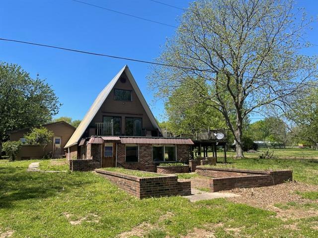 16576 S 1541 Road Property Photo - Stockton, MO real estate listing
