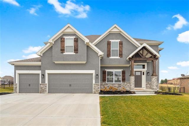 13035 N Champanel Way Property Photo - Platte City, MO real estate listing