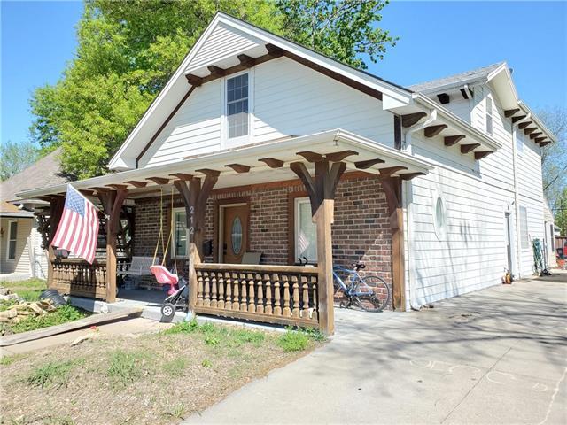 212 Brown Avenue Property Photo