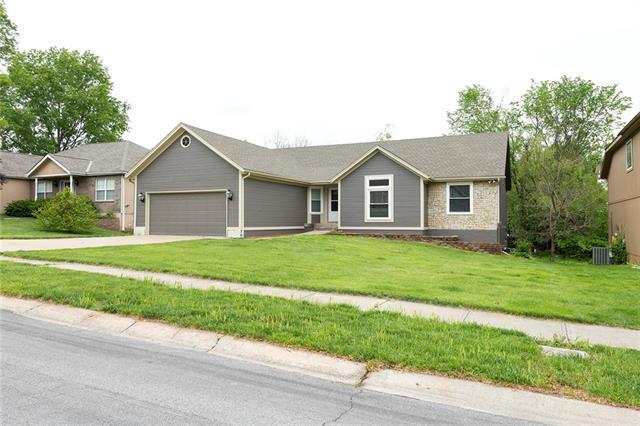 12333 Bristol Avenue Property Photo - Grandview, MO real estate listing