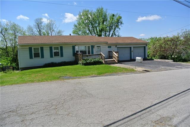5242 N Cambridge Avenue Property Photo 1