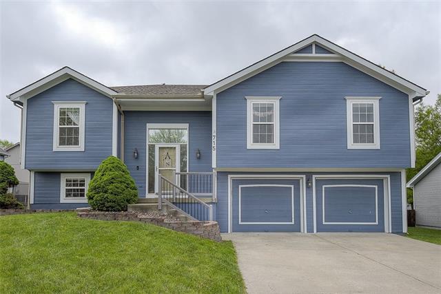 715 NE 107th Street Property Photo - Kansas City, MO real estate listing