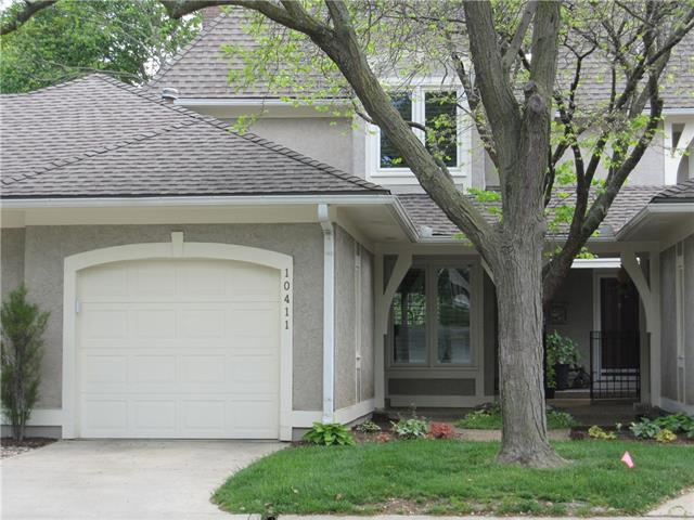 10411 Garnett Street Property Photo - Overland Park, KS real estate listing