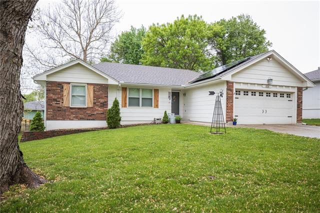 806 N ARNOLD Avenue Property Photo - Harrisonville, MO real estate listing