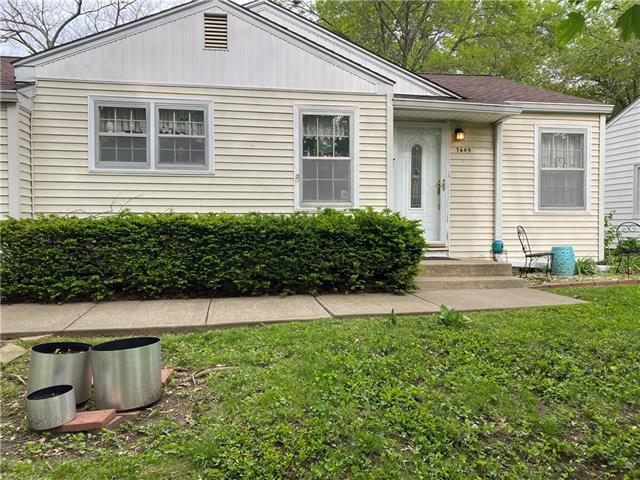7609 Locust Street Property Photo - Kansas City, MO real estate listing