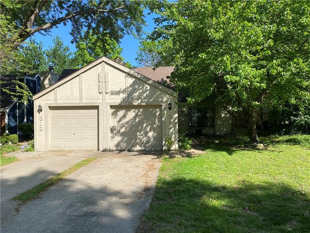 314 Northwood Lane Property Photo - Lawrence, KS real estate listing