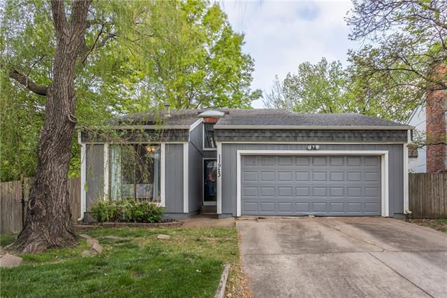 11923 W 66th Terrace Property Photo - Shawnee, KS real estate listing