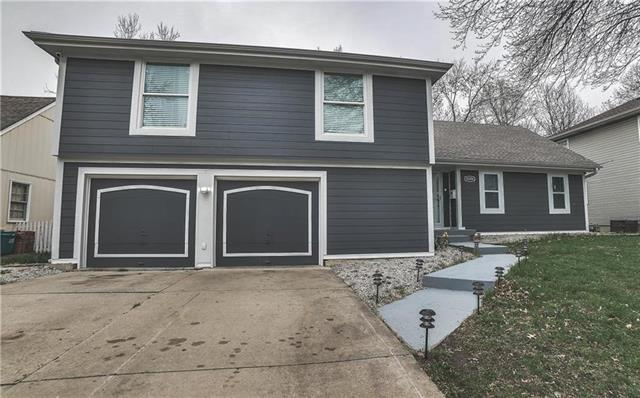 10206 W 99th Terrace Property Photo - Overland Park, KS real estate listing