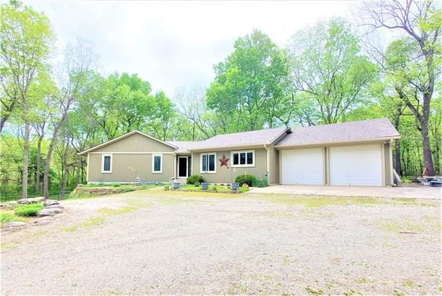 26120 Metcalf Road Property Photo - Louisburg, KS real estate listing