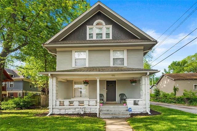 915 E 29th Street Property Photo