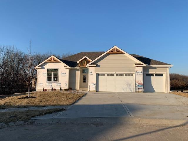 2220 Foxtail Drive Property Photo - Kearney, MO real estate listing