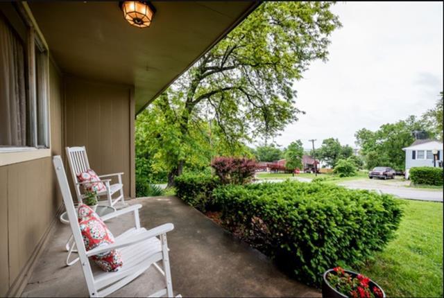 Browne Add Real Estate Listings Main Image