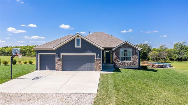 15205 170th Street Property Photo - Bonner Springs, KS real estate listing