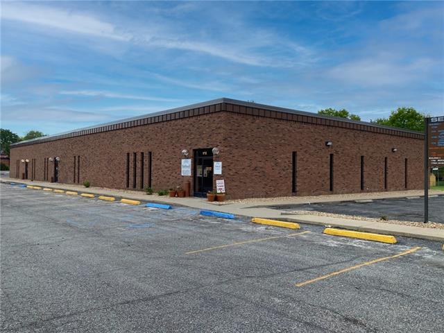 1700 S Lafayette Street Property Photo - Sedalia, MO real estate listing