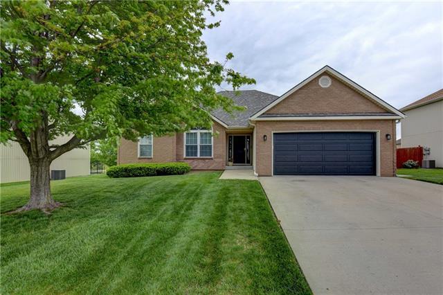 8418 N Arcola Avenue Property Photo - Kansas City, MO real estate listing