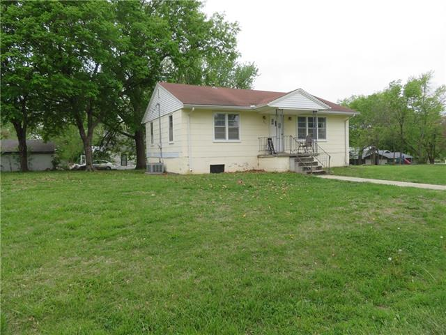 201 S Olive Street Property Photo - McLouth, KS real estate listing