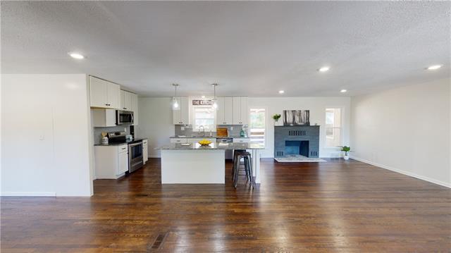 2100 E 74th Street Property Photo - Kansas City, MO real estate listing
