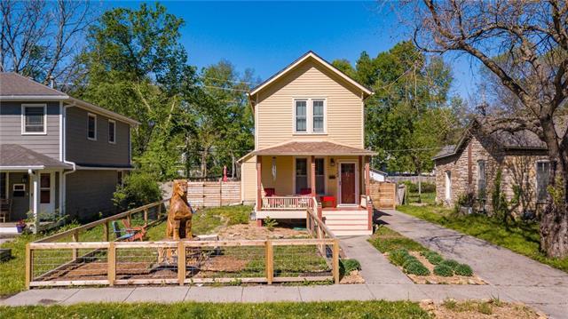 1133 New York Street Property Photo - Lawrence, KS real estate listing