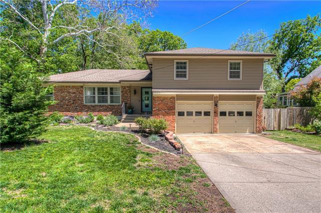 6825 Lamar Avenue Property Photo - Overland Park, KS real estate listing