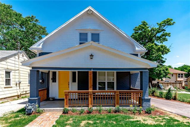 4323 Lloyd Street Property Photo - Kansas City, KS real estate listing