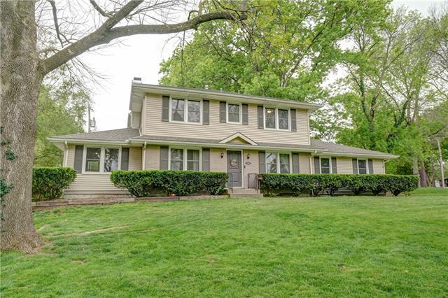 3743 NE 46th Terrace Property Photo - Kansas City, MO real estate listing